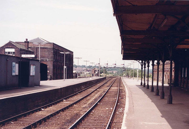 Tunbridge Wells West station 1982